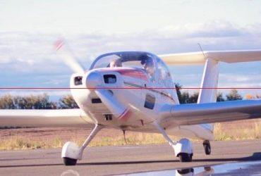 Grob Werke G109B Motoplaneador